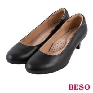 Beso黑色跟鞋