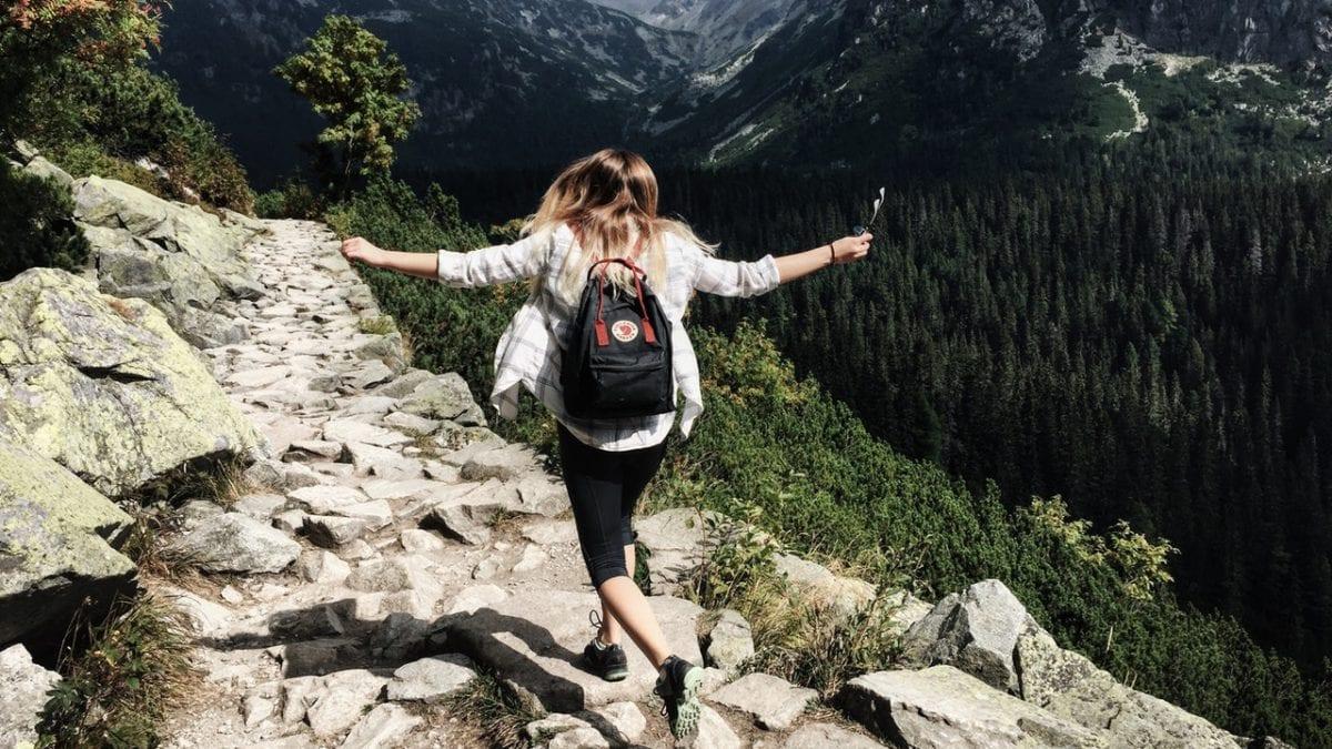 想挑戰台灣百岳?全台灣30條新手爬山路線推薦,先從入門款練身體吧