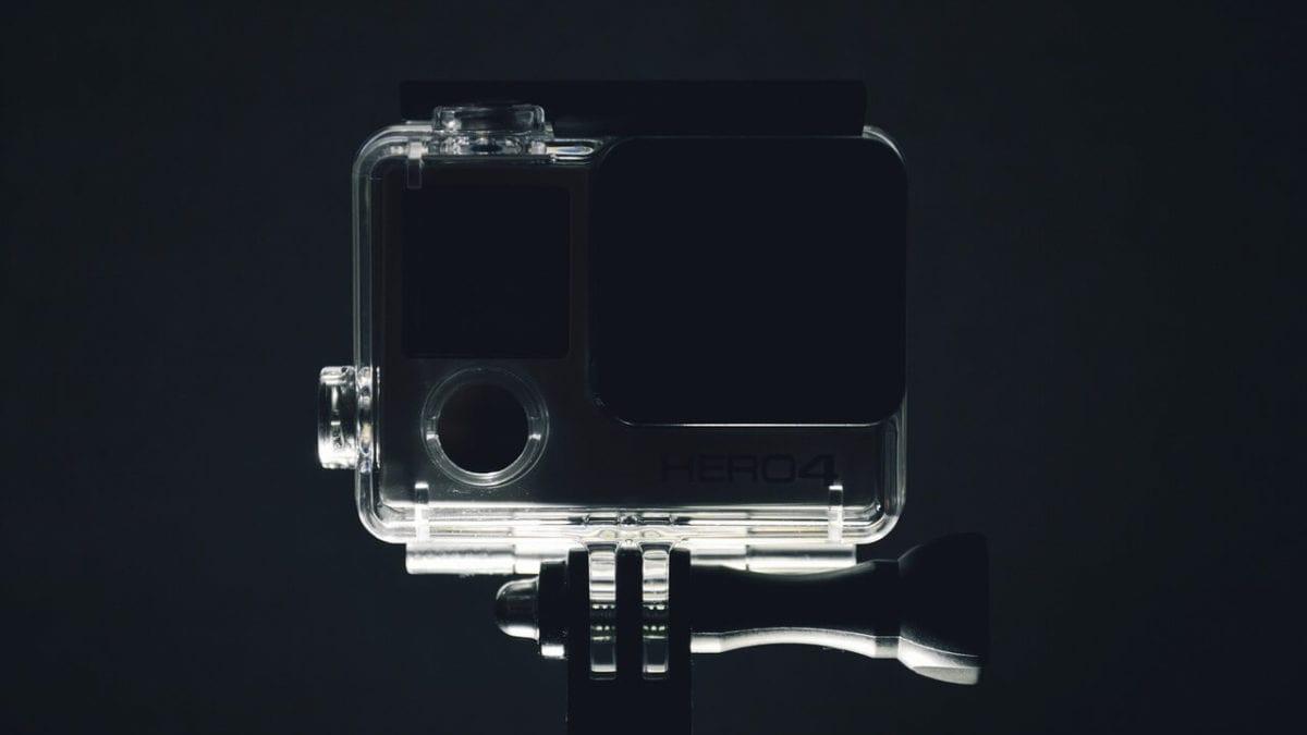 買不起GoPro?2021 平價運動攝影機推薦top10,防水、廣角一把罩!