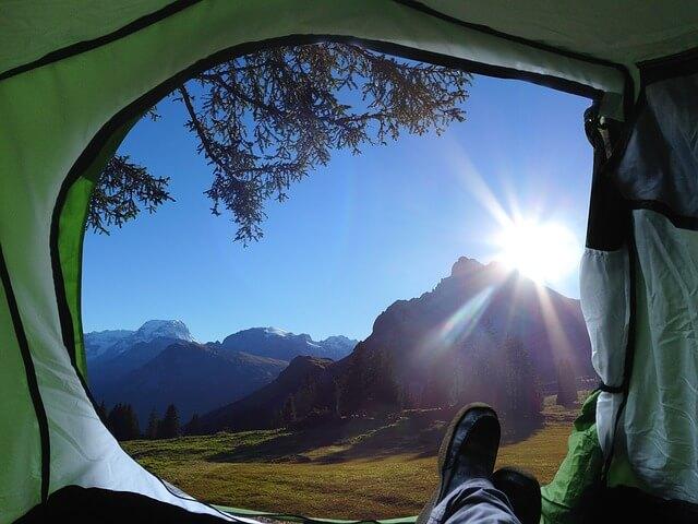 prepare_camping_tent