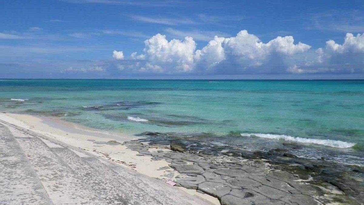 沖繩自由行 | 宮古島旅遊景點推薦top10,絕美海灘、特色神社隨你玩