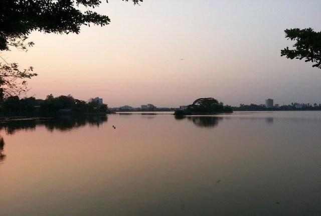 茵雅湖(Inya Lake)