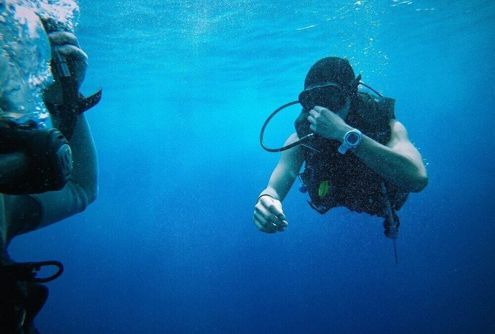 潛水愛好者必入手!潛水電腦錶推薦top10,平價也能享受專業時尚