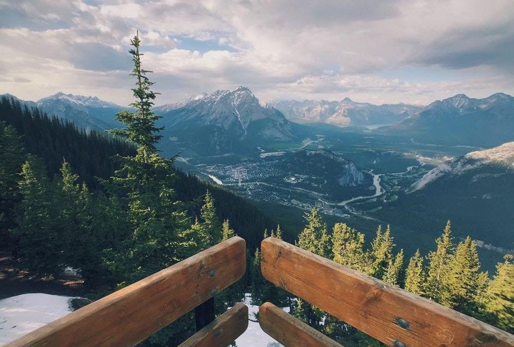 賞冬雪、看極光!加拿大班夫國家公園旅遊行程、交通、周邊景點推薦