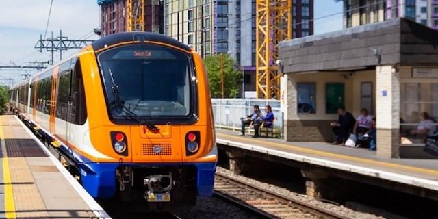 倫敦地上鐵 (London Overgournd)