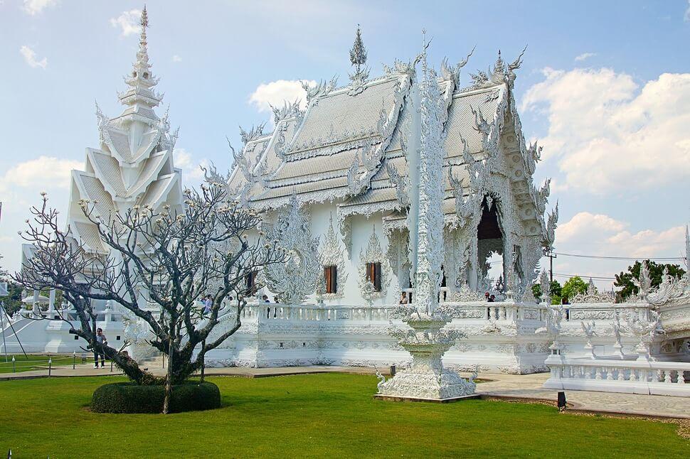 泰北旅遊 | 清萊景點推薦top10,白廟、黑廟、藍廟特色建築都在這!