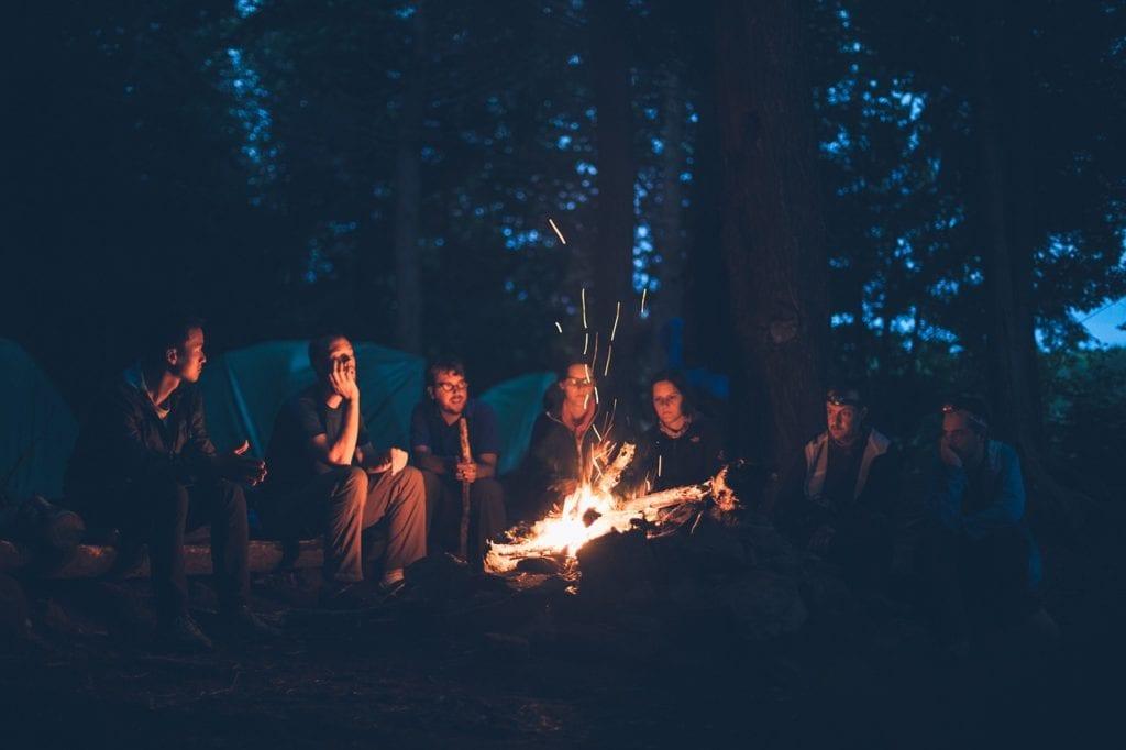 露營用電暖器