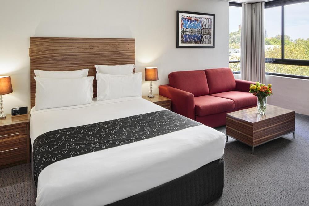 雪梨 飯店 床 房間