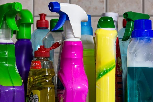 正確使用消毒清潔劑
