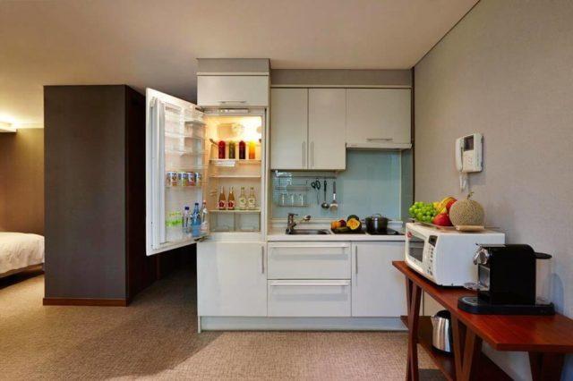 簡易廚房與家電