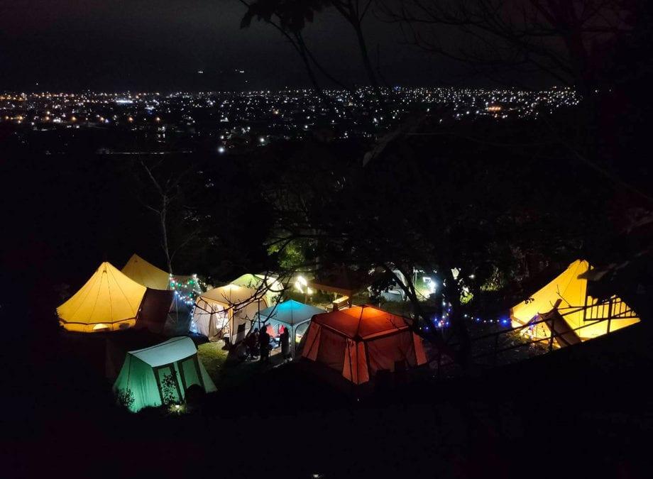 懶人輕旅行!全台灣免裝備露營推薦,山林秘境、海邊觀星體驗