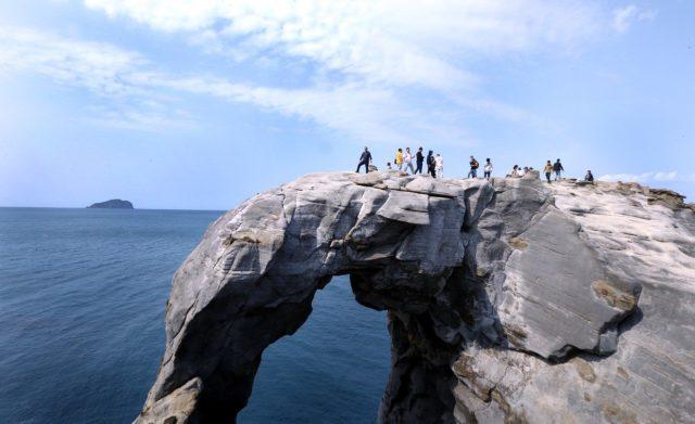 馬爾他藍窗 – 深澳象鼻岩