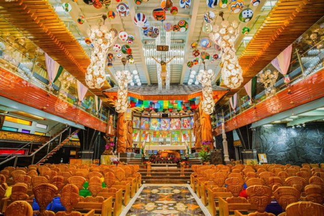 西班牙聖家堂 – 屏東泰武法蒂瑪聖母堂