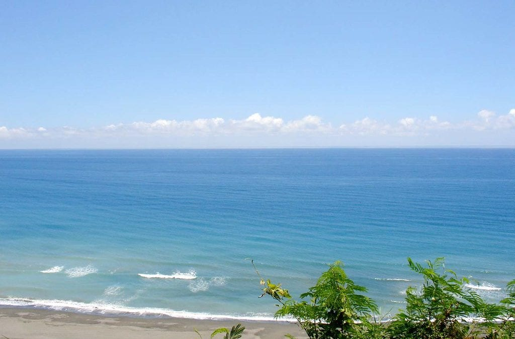 台灣旅遊   台灣北中南秘境海灘大公開,貝殼沙灘、海蝕洞秘境隨你玩