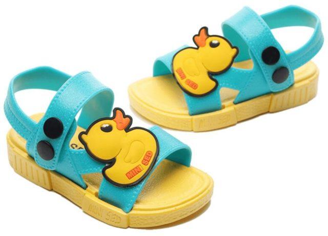 夏季鴨子兒童防水涼鞋