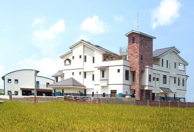 高美濕地阿嬤刀民宿(182號)