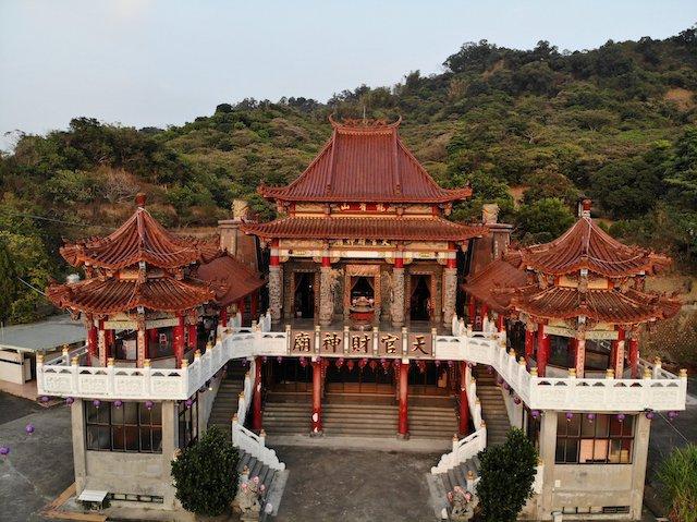 龍香山天官財神廟