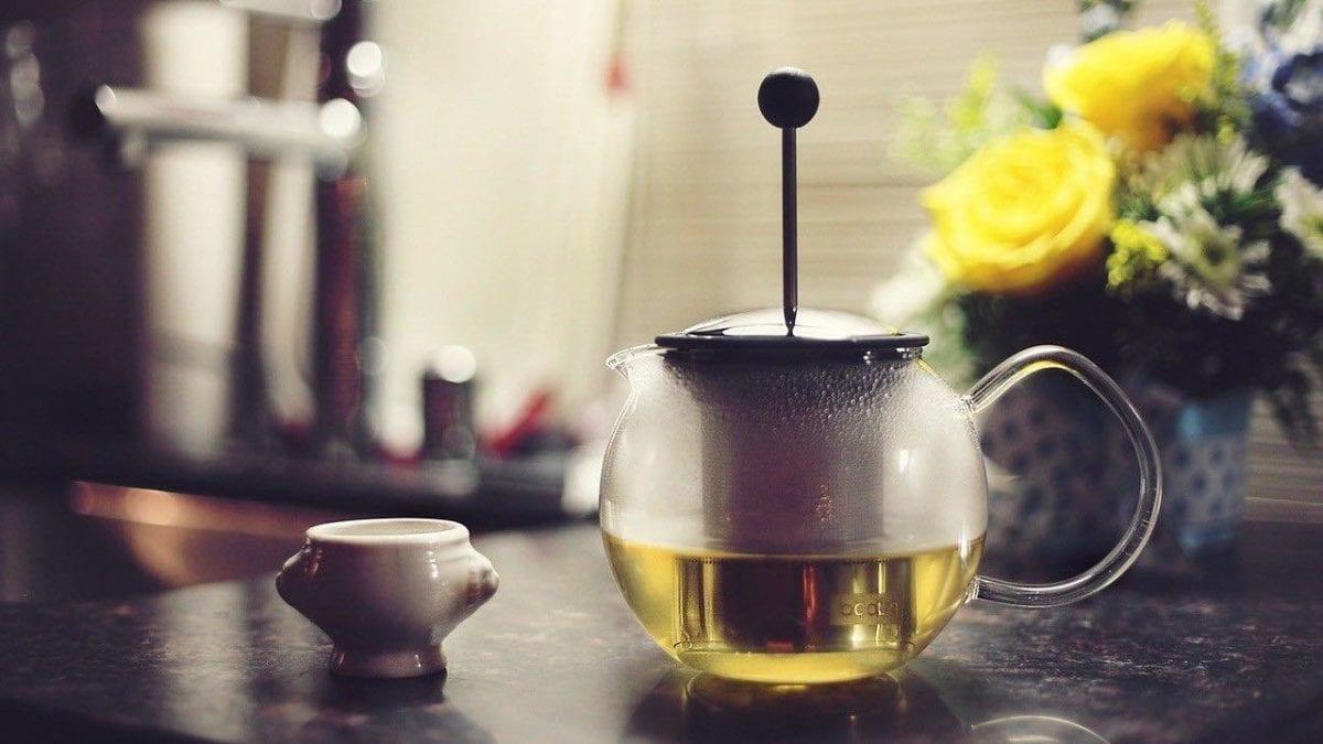 驅寒保暖靠這味!秋冬養生茶推薦10選,保養脾胃自製也OK