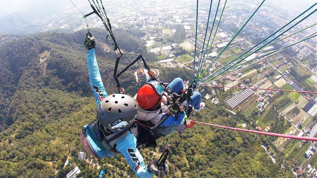 台灣旅遊 台灣戶外刺激活動推薦,越野車、飛行傘…一起挑戰極限吧
