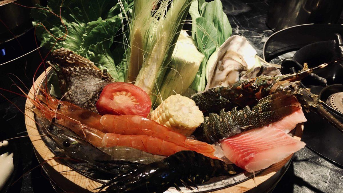 台北旅遊 | 中山區嗨蝦蝦百匯鍋物吃到飽,天使紅蝦、生魚片讓你吃到嗨