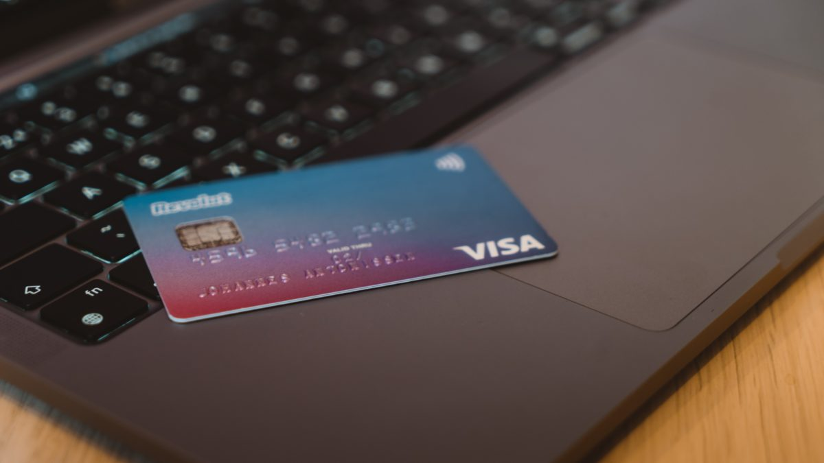 刷卡用這張!2021 信用卡推薦,讓你搭配銀行帳戶回饋賺飽飽
