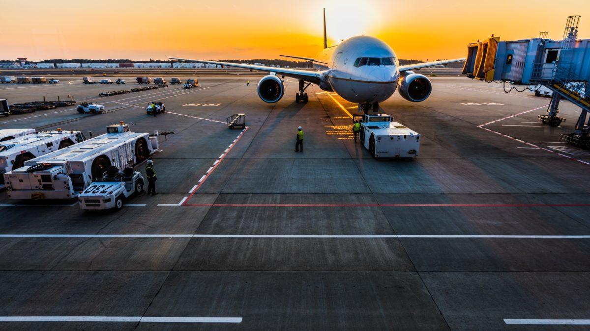 台灣疫情持續升溫!2021 信用卡機場接送替代、延長方案總整理